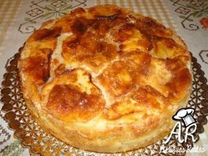 Torta de manzanas caramelizada